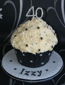 Celebrate-Cakes-40th-Cupcake