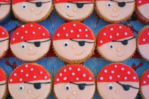 Celebrate-Cakes-Pirates
