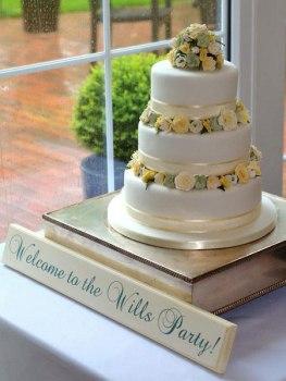Celebrate-Cakes-wedding-4
