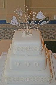 Celebrate-Cakes-Wedding1