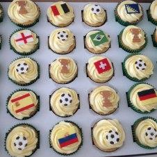Celebrate-Cakes-World-cup-vanilla-cupcakes2