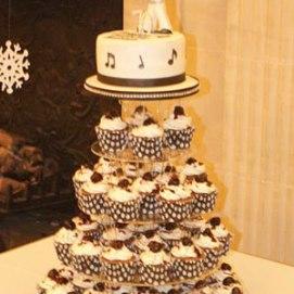 Celebrate-Cakes-Elvis