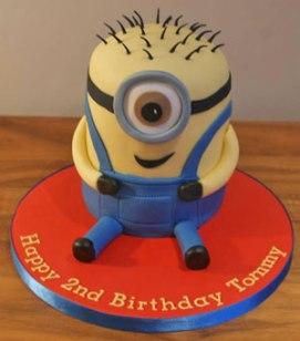 Celebrate-Cakes-Minion