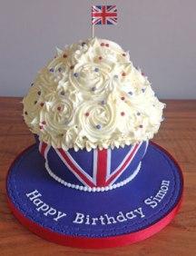 Union-Jack-giant-cupcake